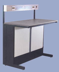 Стол приборный с блоком розеток