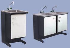 Столы лабораторные с мойками